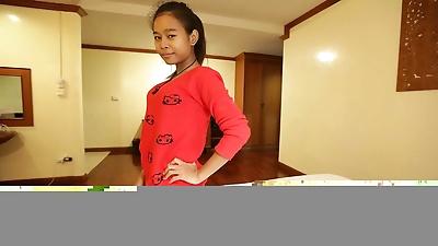 Sweet Thai girl has her..