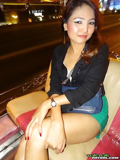 Thai first timer licks her..