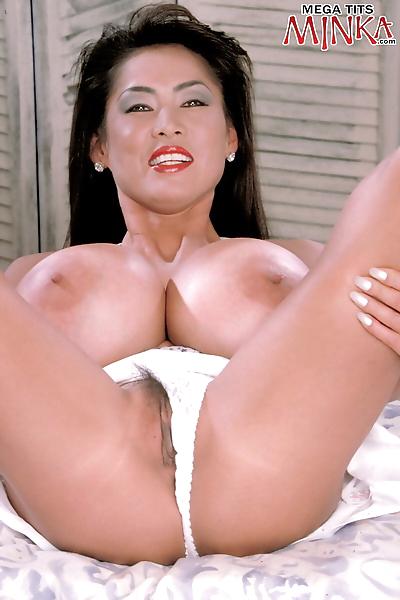 Mature Asian lady Minka..