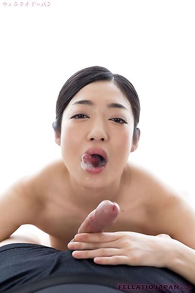 Japanese slut licks a hard..