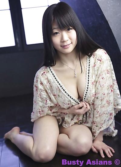 Big Titten Japanisch Modell Miduki Momoko Tragen sinnlich Dessous Teil 4426