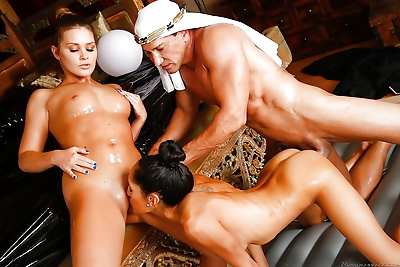 Sexy oiled chicks perform happy ending massage naked for the sultans pleasure